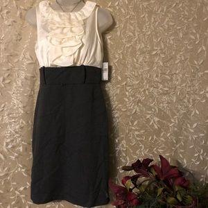 NWT Elegant Alyx Dress Size 4